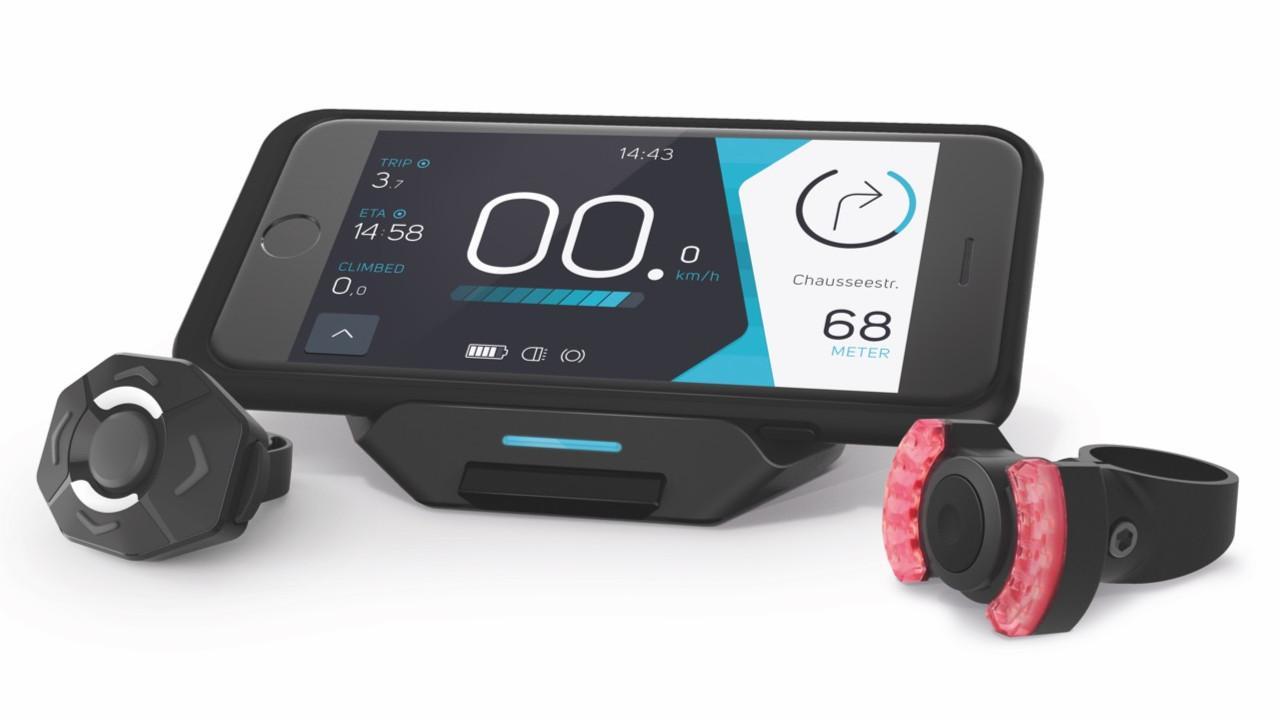 A COBI.Bike komplett rendszerként elérhető, de a hátsó vagy mindkét világítóegység nélkül is válaszható