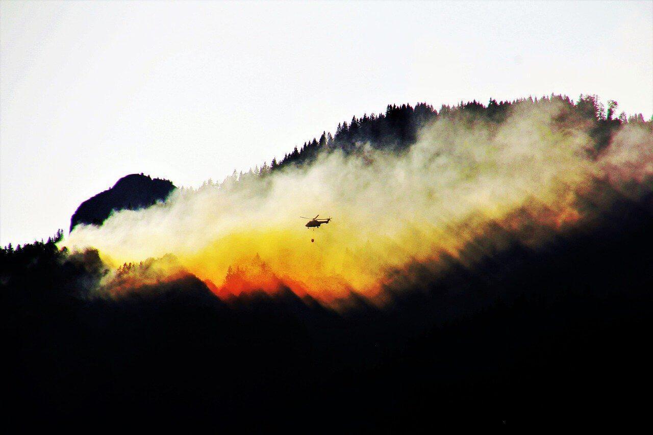 Ausztráliában, továbbá lángolt az erdő
