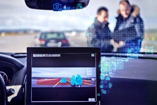 A vezetőtámogató rendszerek egyik legfontosabb érzékszerve az optika, vagyis a jármű szeme