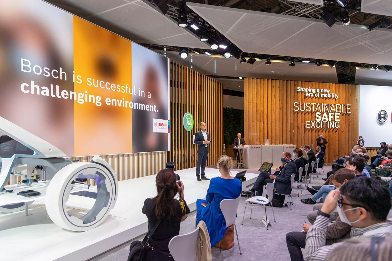 A Bosch lehetőségeket lát a kihívásokban – jó ezt hallani a cégcsoport vezetőjétől