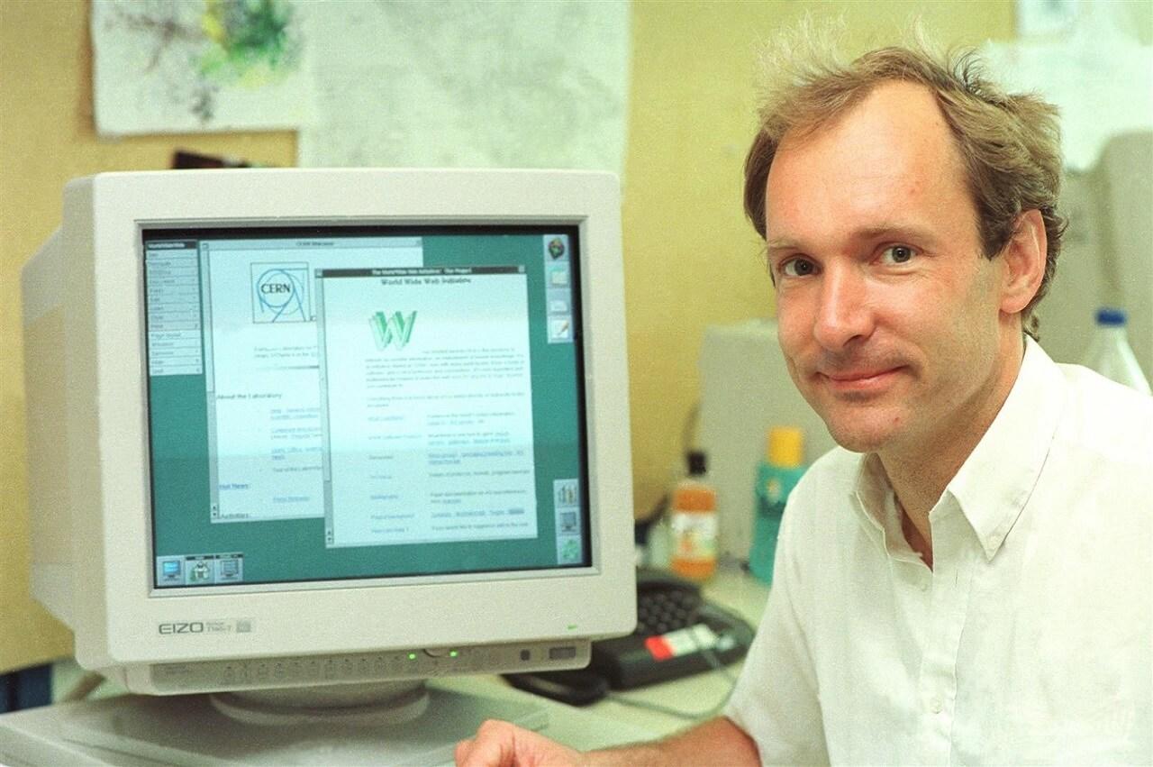 Tim Berners-Lee 1994-ben