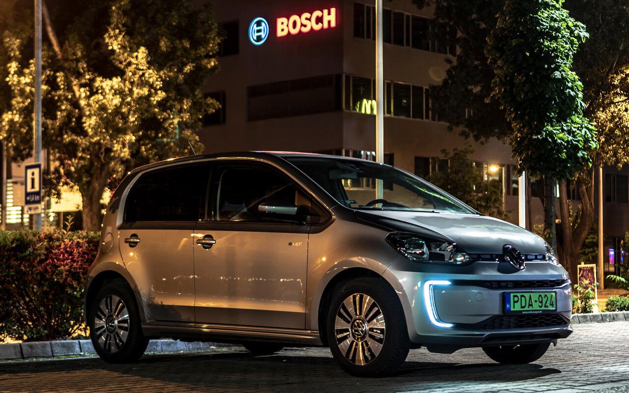 Okos és elektromos lesz a jövő autója?