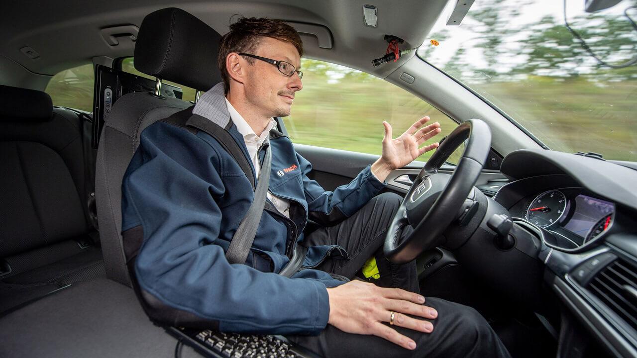 Az önvezető járműveknek a legváratlanabb helyzeteket is jól kell kezelnie